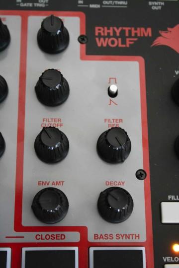 Akai Rhythm Wolf - Synthesizer