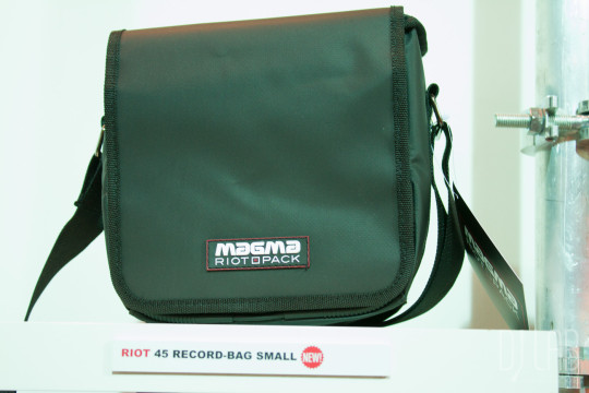 Magma Riot 45 Record-Bag Small