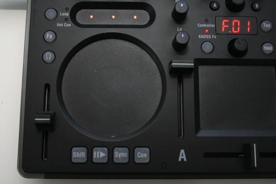 Korg Kaoss DJ - Touchwheels dienen zu Songsteuerung