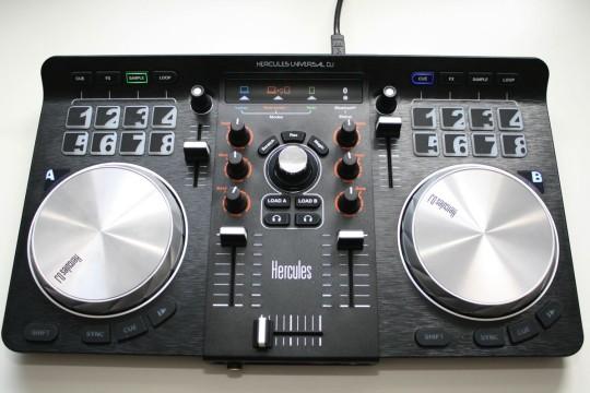 Hercules Universal DJ - Einstiegs-Controller mit Bluetooth