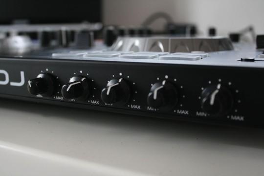 Denon DJ - MC4000 - Mikrofonsteuerung