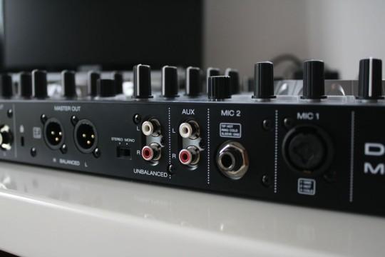 Denon DJ - MC4000 - Anschlüsse