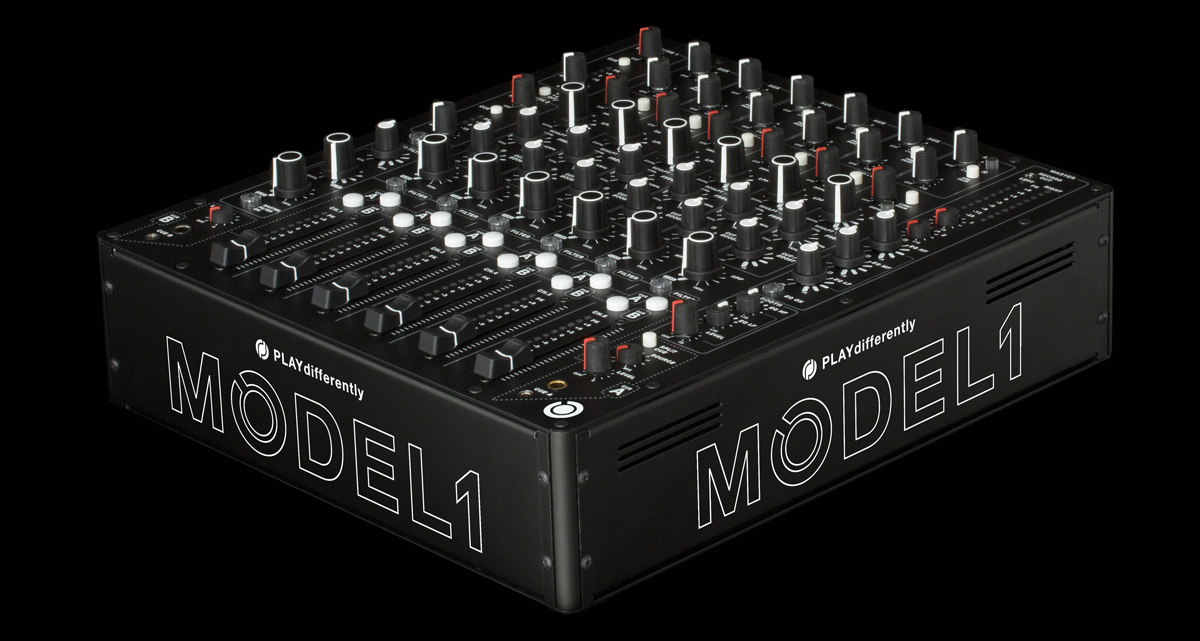 PLAYdifferently-MODEL-1_angle