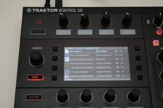 Traktor Kontrol S8 - Songlibrary