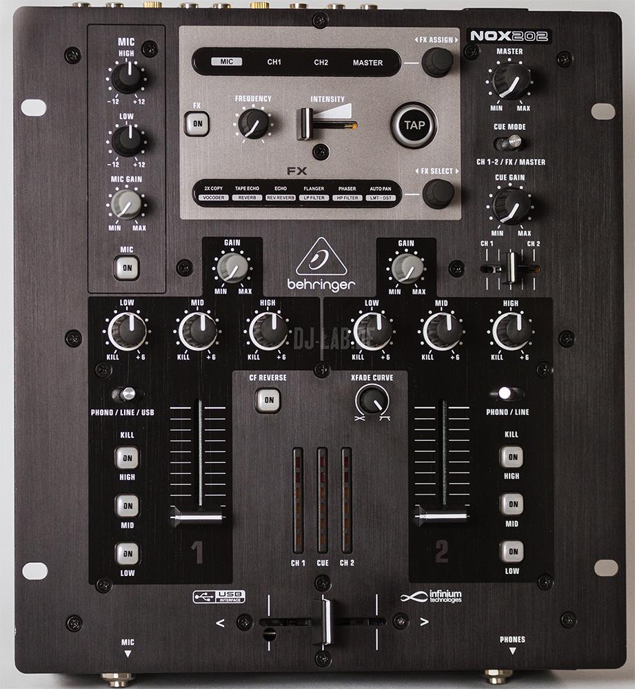 Behringer NOX202 Mixer